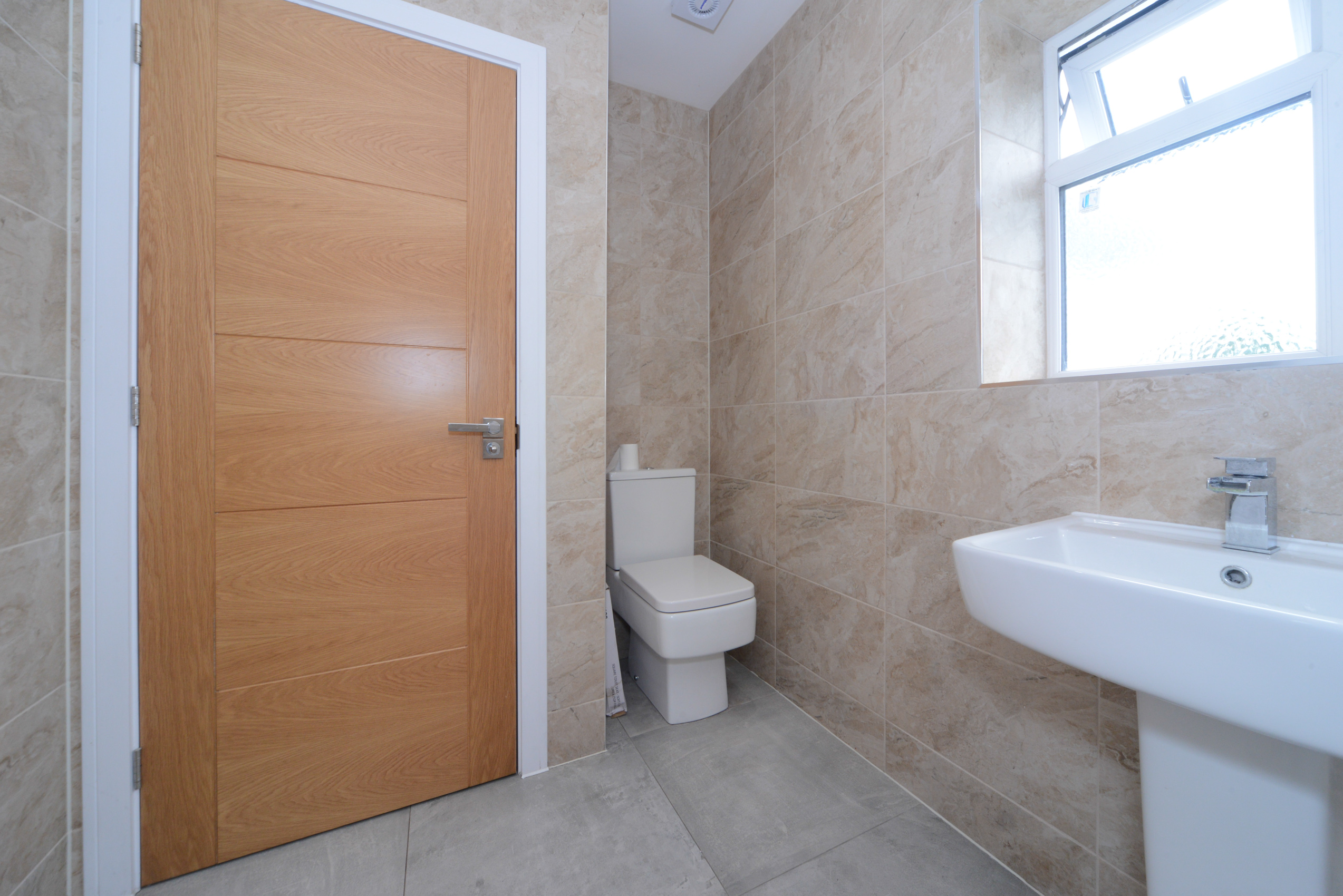 49 Kings Edward Avenue-9