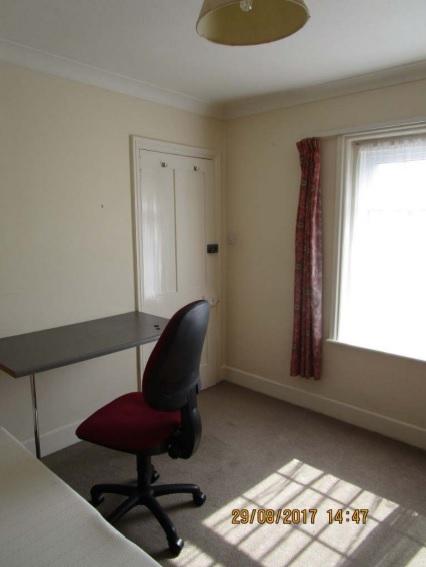 Bedroom 4 -3