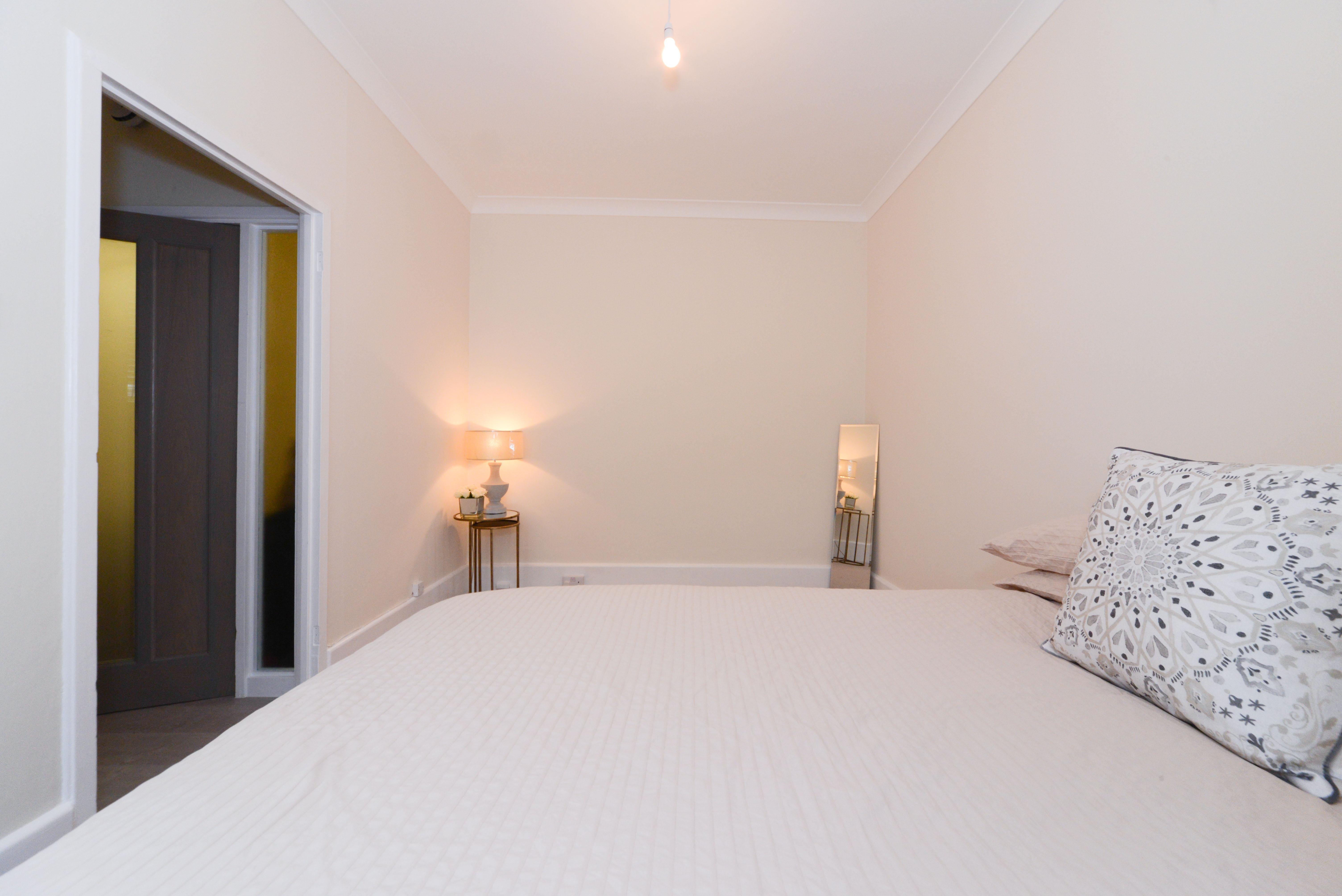 Tollard Court apartment-2