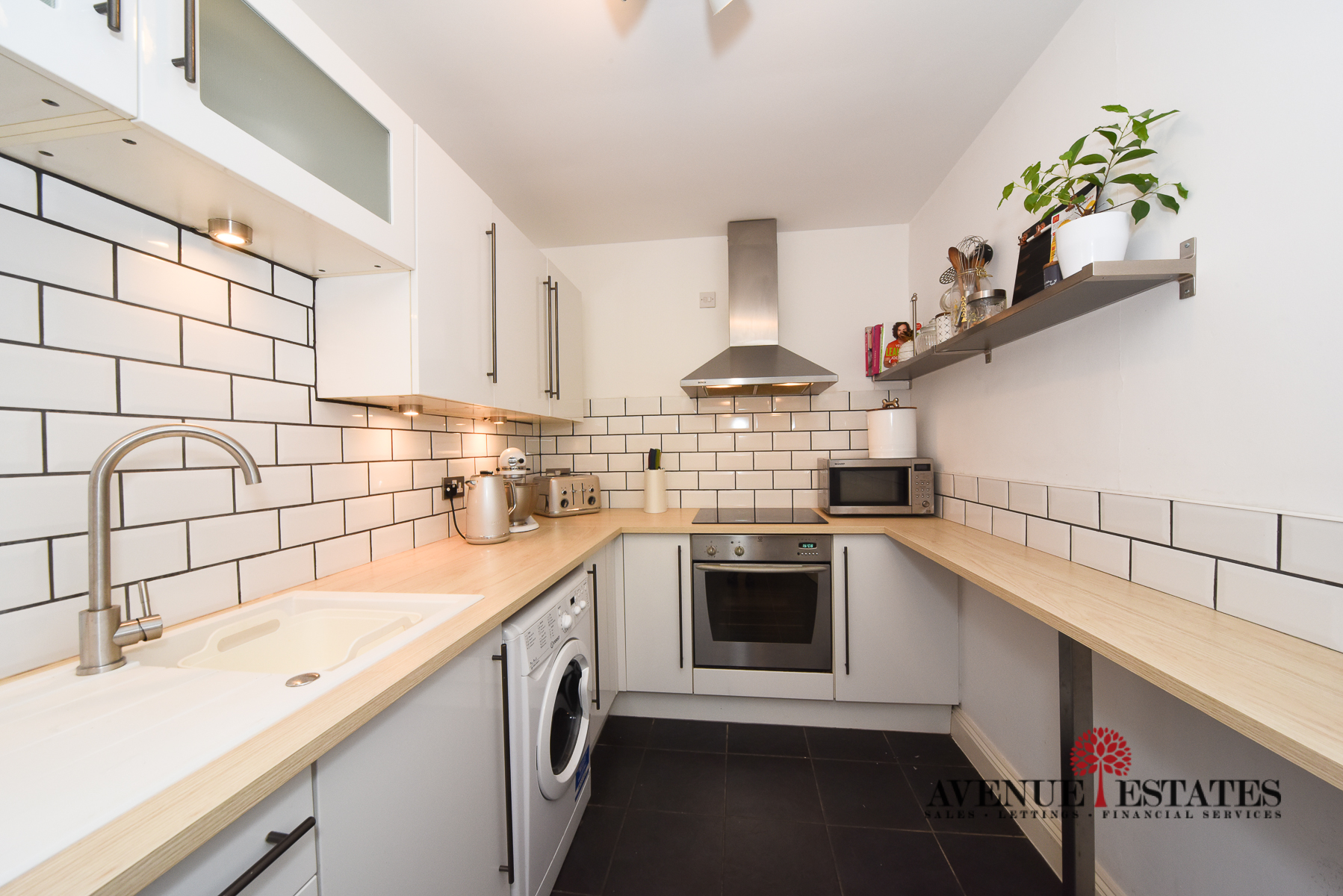 Flat 2, 12 Bradbourne Road-4